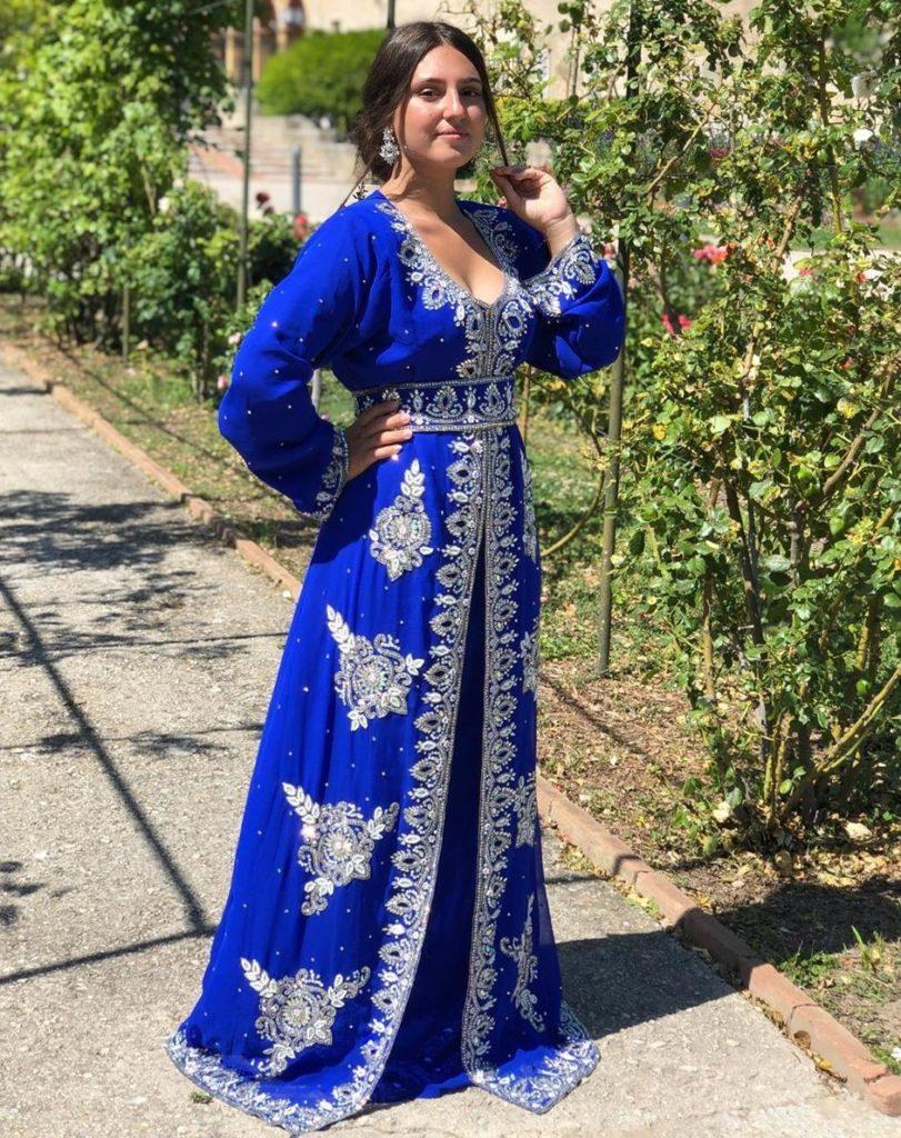 Caftan marocain moderne bleu pas cher
